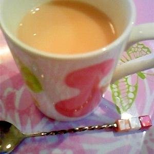 カフェインゼロで優しい味♪麦茶ミルクティ★