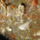 レンズ豆と鶏肉のスープ煮