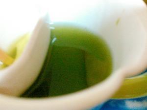 体に優しい緑茶ドリンク
