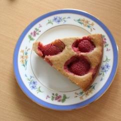 簡単で素朴なフルーツケーキ