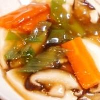 フライパンで簡単、豆腐と野菜の旨煮