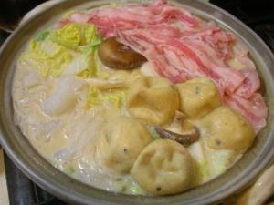 白味噌でまろやか豆乳鍋