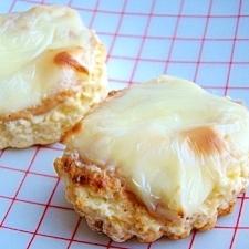 スコーンを楽しもう♪チーズ&ピーナッツバター