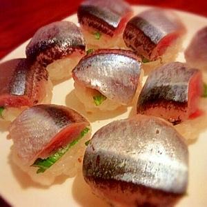秋刀魚とガリ♡てまり寿司