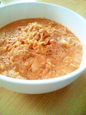 簡単♪白菜のトマトクリームパスタ風チキンラーメン