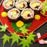 世界に誇れる♪お蕎麦の☆五目巻き寿司