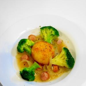 食卓に笑顔あふれる!ポテトボールのコンソメスープ