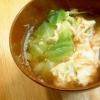 キャベツと卵の味噌汁