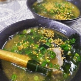 本格的に美味しい、豚肉ワカメスープ