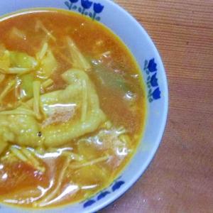 鶏皮キャベツえのきのトマトカレースープ