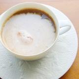 インスタントコーヒーを煮て美味しく♪(苺アイス)