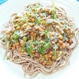 納豆の食べ方-鶏そぼろ&香味めかぶ納豆そば♪