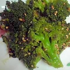 お弁当にも、ブロッコリーの焼き肉タレ焼き