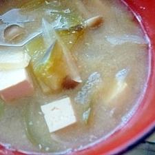 *今日のお味噌汁*なす・新玉ねぎ・しめじ・豆腐