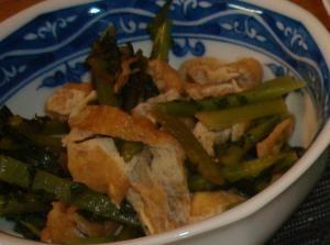 かぶの葉と油揚げの煮物