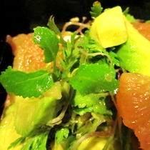 ローズ家のグレープフルーツサラダ