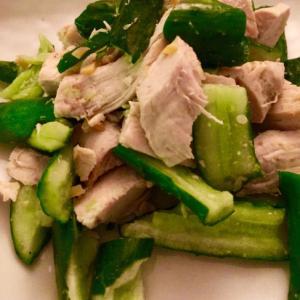 茹で鶏ときゅうりの山椒七味炒め♩