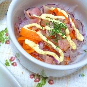 さっぱり~*旬の紫玉ねぎとにんじんの生サラダ