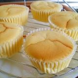 マフィン型で作る小さいスフレチーズケーキ