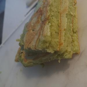 豆腐と長芋でふわふわ青汁パンケーキ