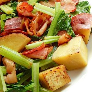 早い!サツマ芋入り❤ベーコン&小松菜の炒め物♪