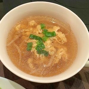 鶏ガラの卵スープ
