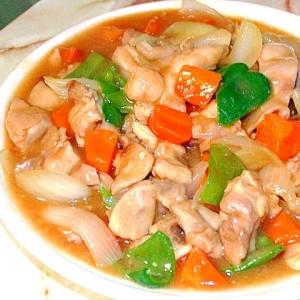 ちょっとだけ中華風?鶏もも肉と野菜の甘酢炒め!