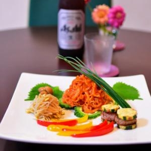 「春雨ビビン麺」