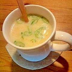 忙しい朝に嬉しい!鍋いらずのマグカップ味噌スープ