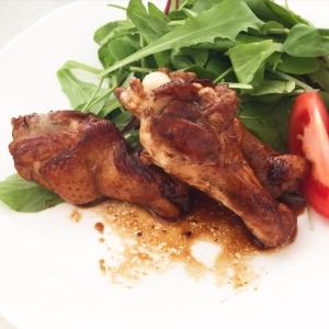 フライパンで炒めるだけ*簡単鶏の手羽元照り焼き