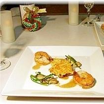 鰈のポワレ 牡蠣と海老のスモーク添え