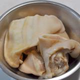 ミミガー(豚の耳)の下処理・茹で方