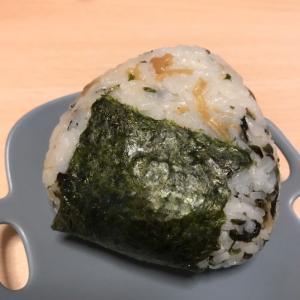 えのきと韓国海苔のおにぎり