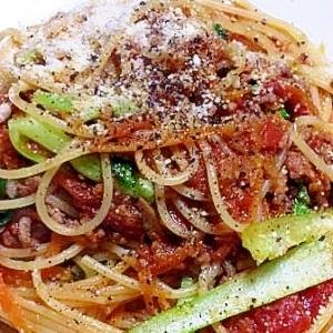 家庭菜園で 青梗菜のトマトソーススパゲティー