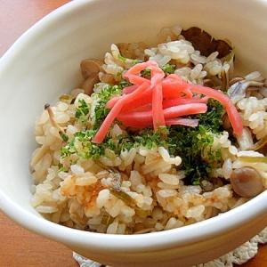 +日本酒❤きのこ3種の炊き込みご飯♪(塩昆布)