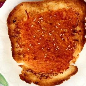 ケチャップとラー油のトースト☆彡