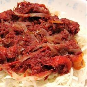簡単♪トマトコンビーフ丼