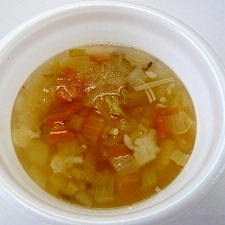 地元野菜とこんにゃくのヘルシースープ