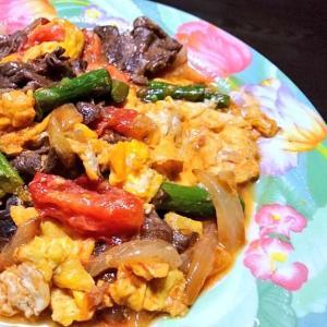 夏野菜とトロトロ卵☆牛丼
