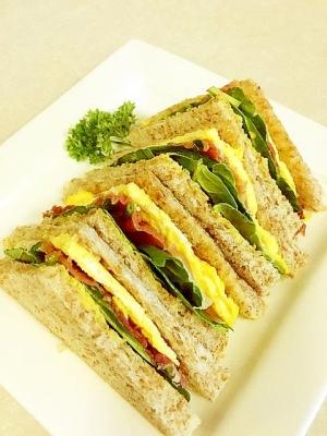 簡単キレイな3色サンドウィッチ