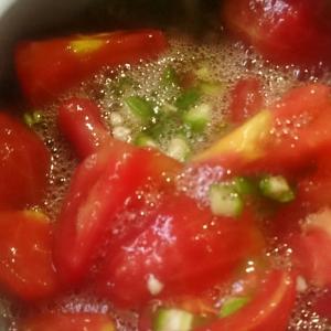トマトのオクラ和え