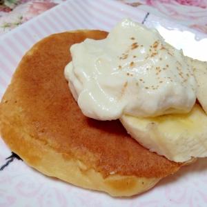 豆腐クリームとバナナの大豆粉パンケーキ♡