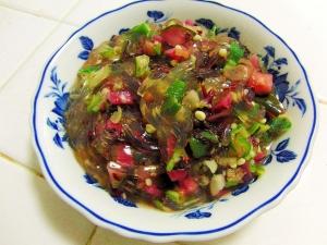 トコロテンとオクラと漬物のサラダ