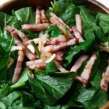 生で食べるほうれん草サラダ