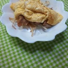 豚テキオムレツ