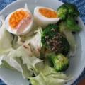 胡麻マヨドレッシングで!ブロッコリーの野菜サラダ♪