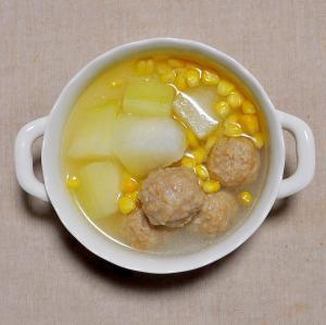冬瓜(とうがん)と鶏だんごのスープ