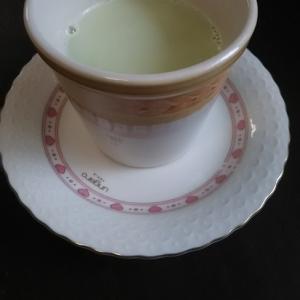 栄養満点(^^)抹茶風きな粉ミルク