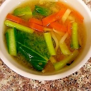 もやしと小松菜のあごだしお味噌汁