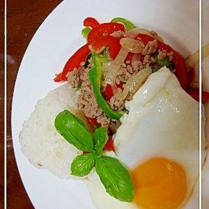 暑い夏には!!タイ料理☆ガパオ